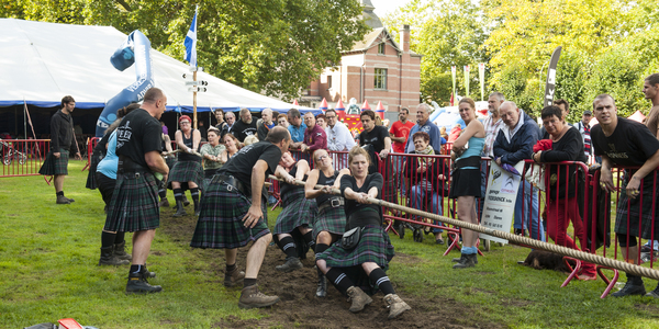 Touwtrekken tijdens de Highland Games
