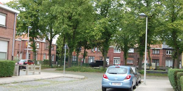 Het Lindeboomplein is één van de mooie pleintjes in de Tuinwijk.